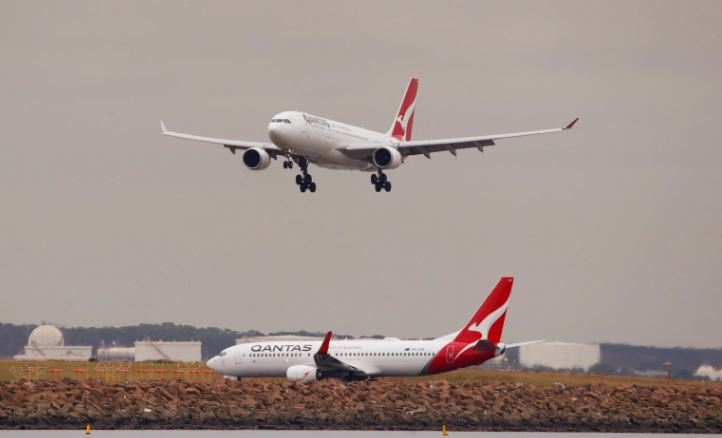 Locked out: Stranded Australians call foul over COVID-19 cap