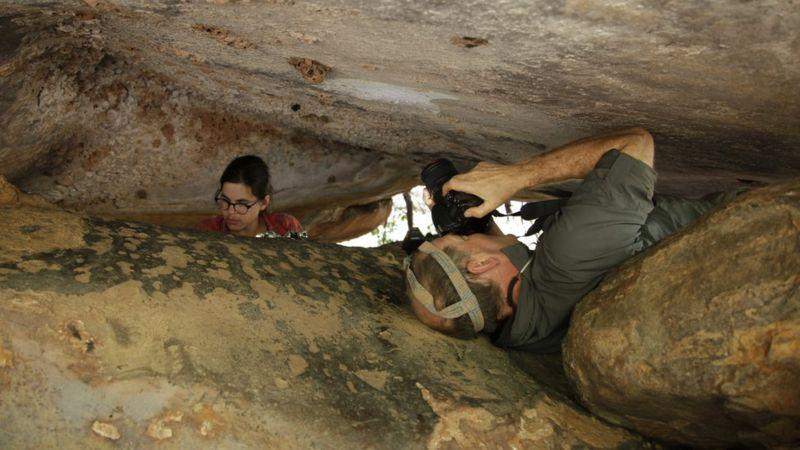 Australia: Oldest rock art is 17,300-year-old kangaroo